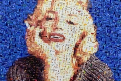 Marilyn in sweater - blue - Mixed Media auf Leinwand - 100 x 100 cm